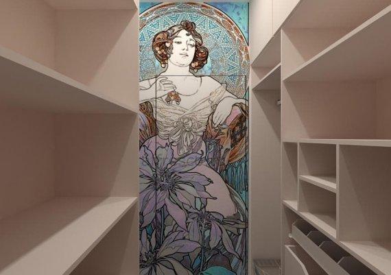 Декор в стиле модерн в интерьере гардеробной комнаты