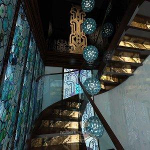 Дизайн лестницы в частном доме с мансардой. Современные идеи 2015