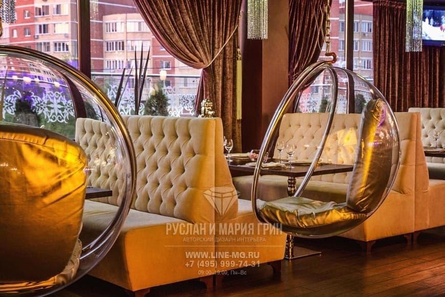 Фото ресторана с креслами Bubble после ремонта