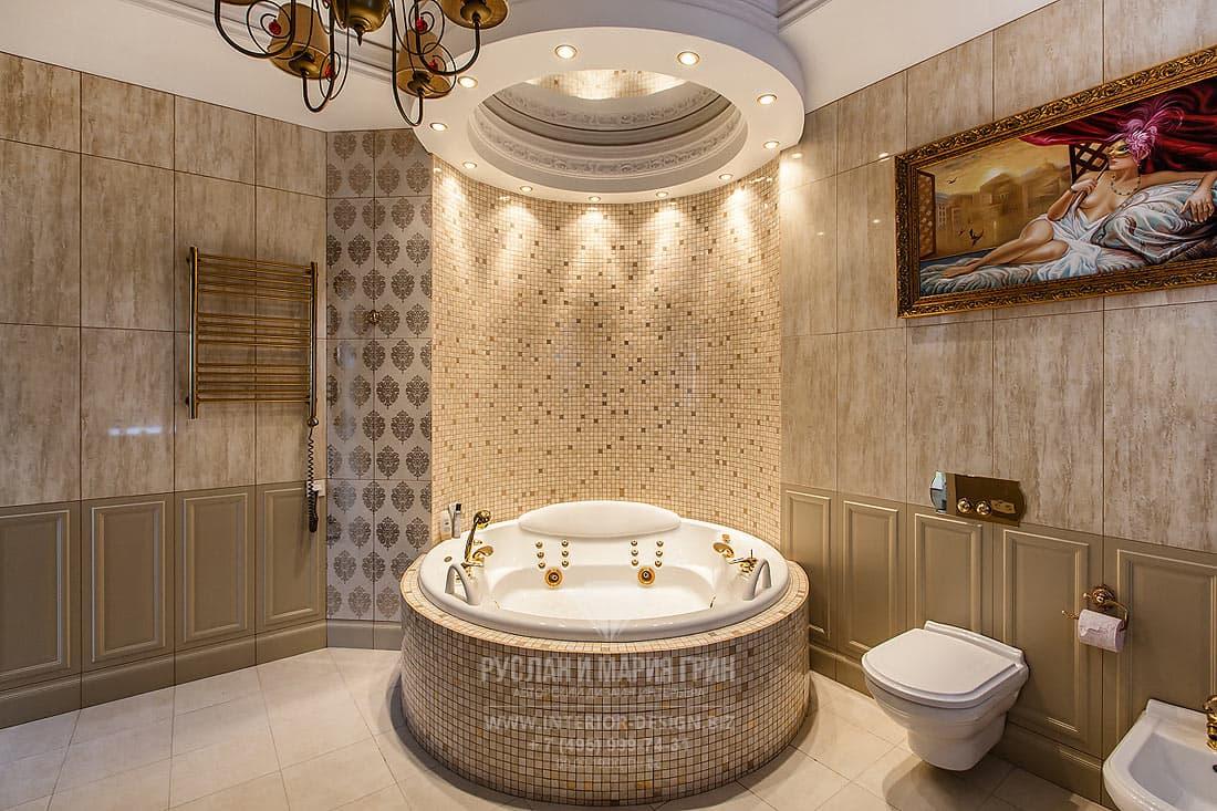 Ванная комната с джакузи и отделкой мозаикой