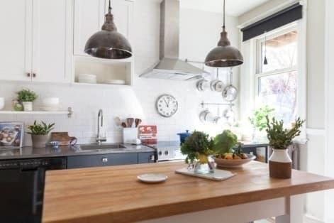 Дизайн-проект светлой кухни