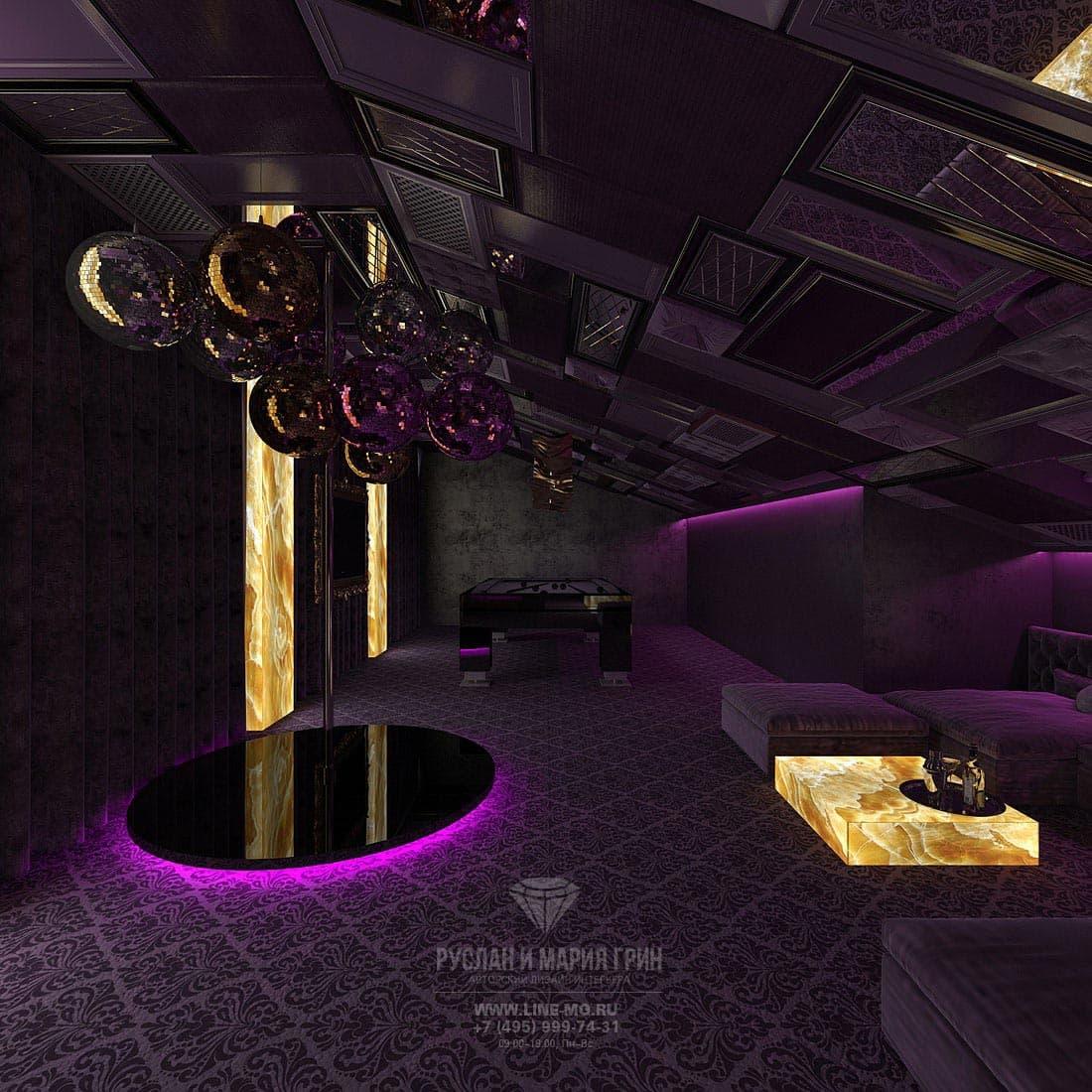 Интерьер бильярдной комнаты на мансарде