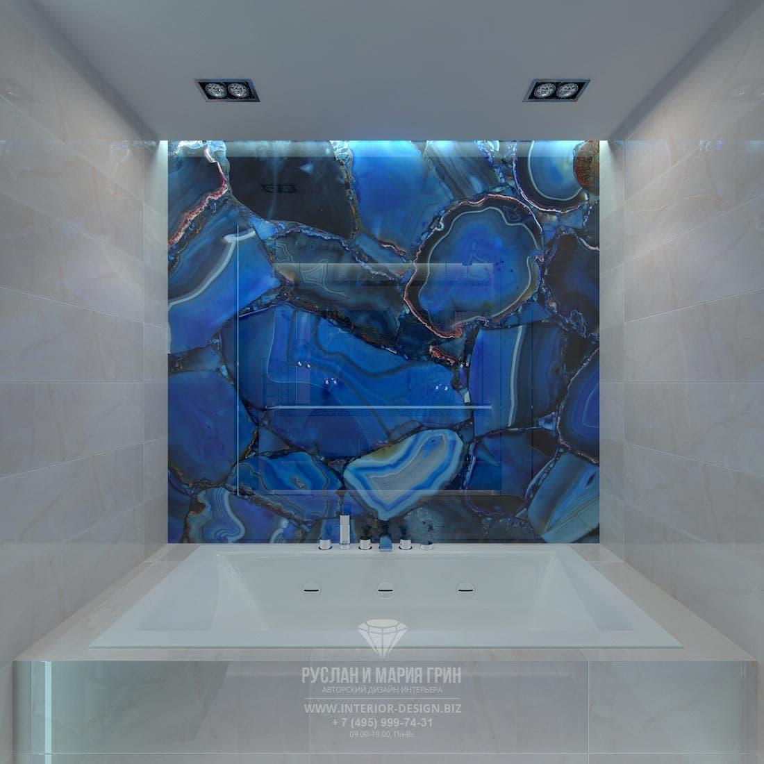 Ванная комната с синим акцентом