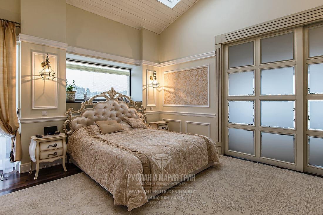 Дизайн интерьера спальни в мансарде коттеджа
