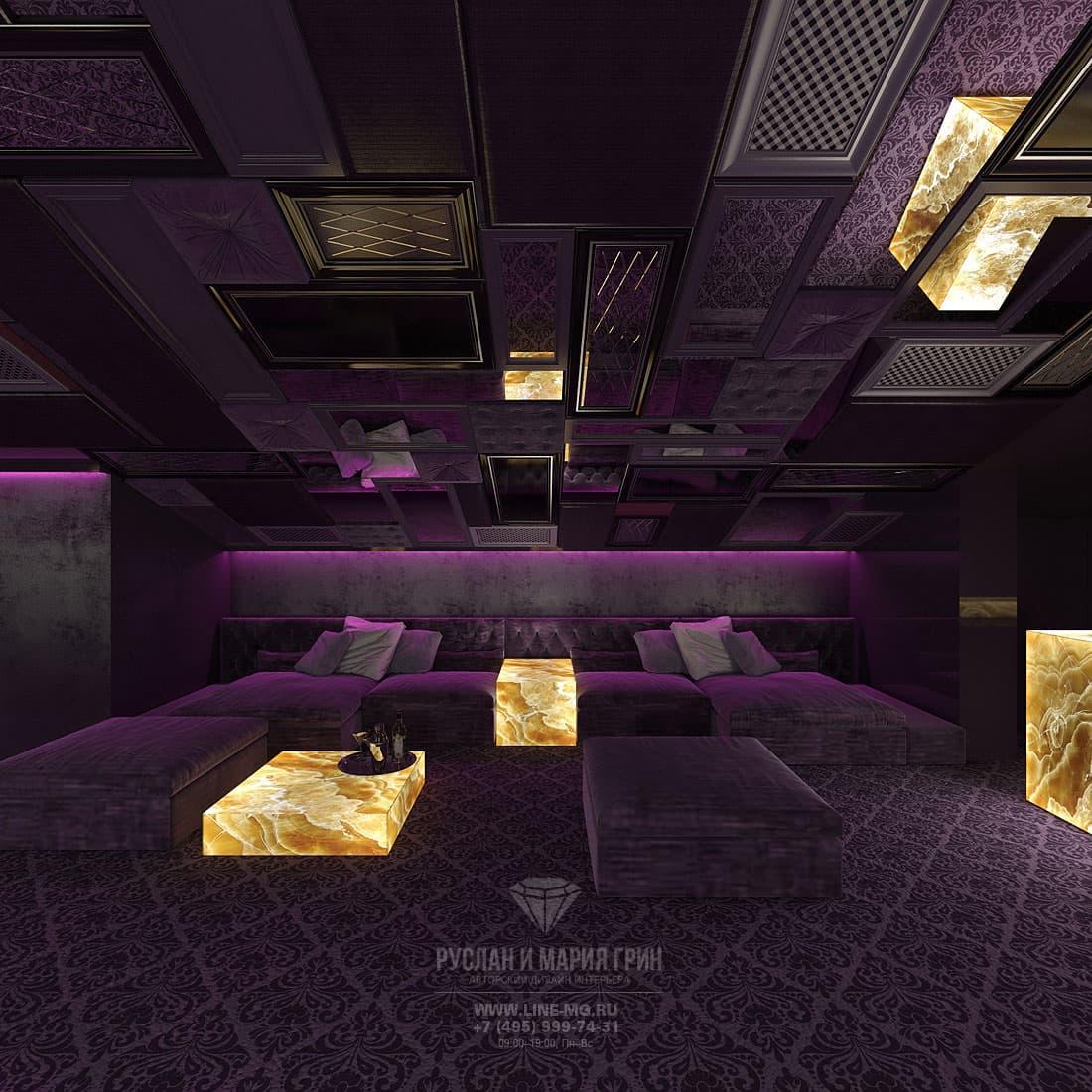 Красивая фиолетовая мансарда в коттедже