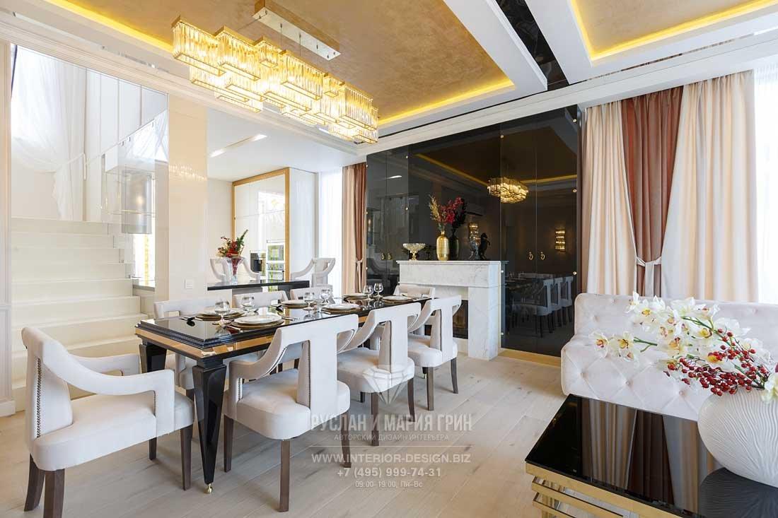 Ремонт частного дома – гостиная-столовая в стиле ар-деко с камином