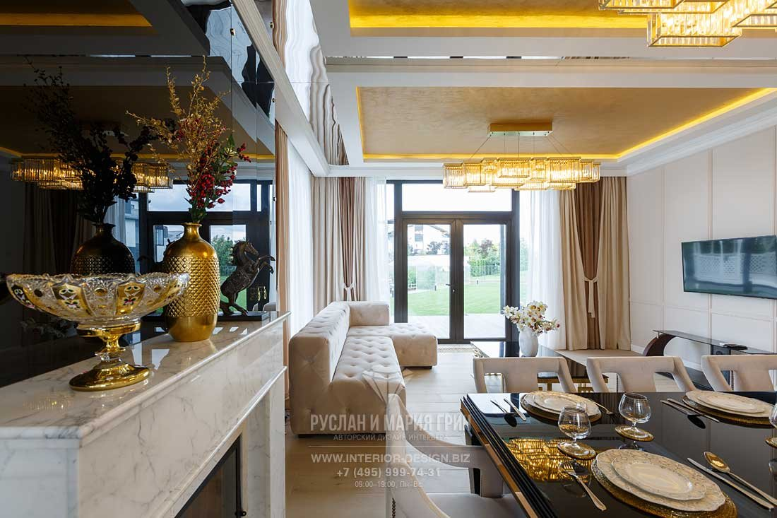 Гостиная-столовая в стиле арт-деко. Дом в КП «Высокий берег»