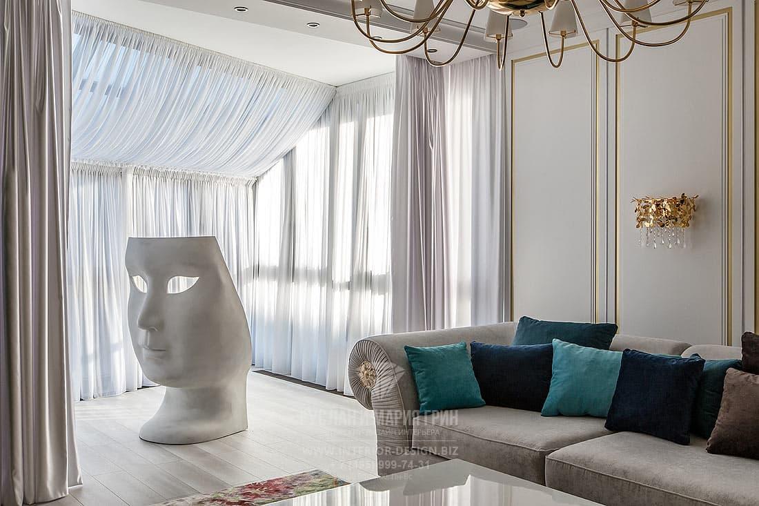 Дизайн гостиной с яркими акцентами