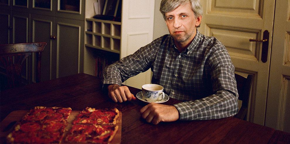 Дизайнер, архитектор и художник Евгений Митта