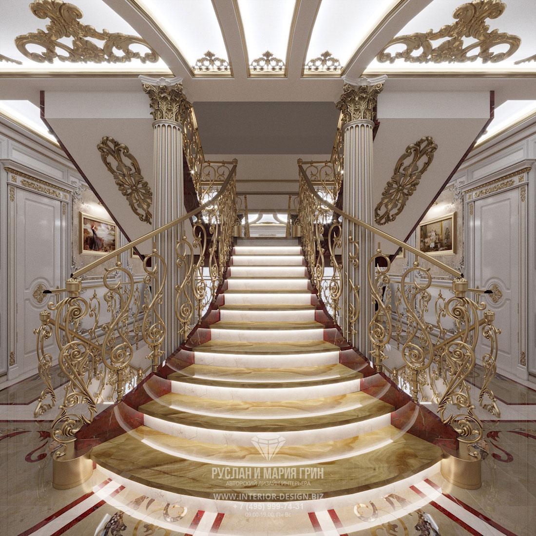 Дизайн интерьера холла в загородном доме в классическом стиле