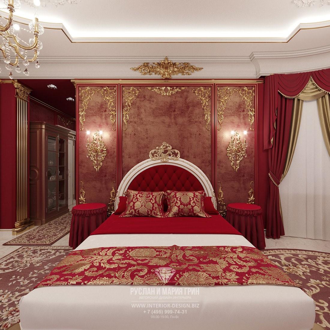 Дизайн дворцовой красной спальни с венецианской штукатуркой