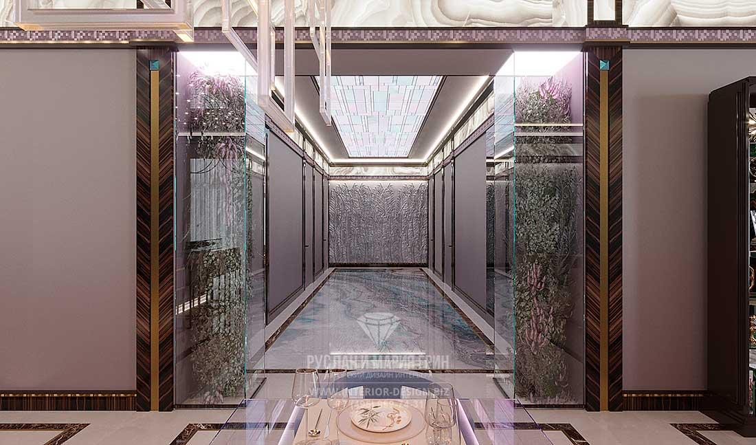 Дизайн коридора в стиле арт-деко с потолочным витражом