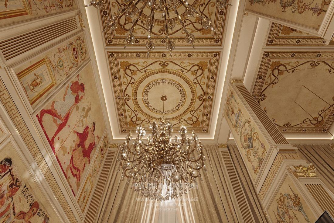 Люстра в дворцовом стиле