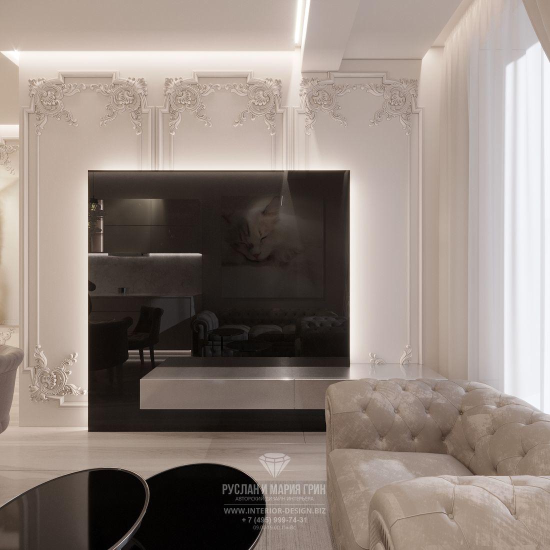 Дизайн современной гостиной в светлых тонах — фото ТВ-зоны